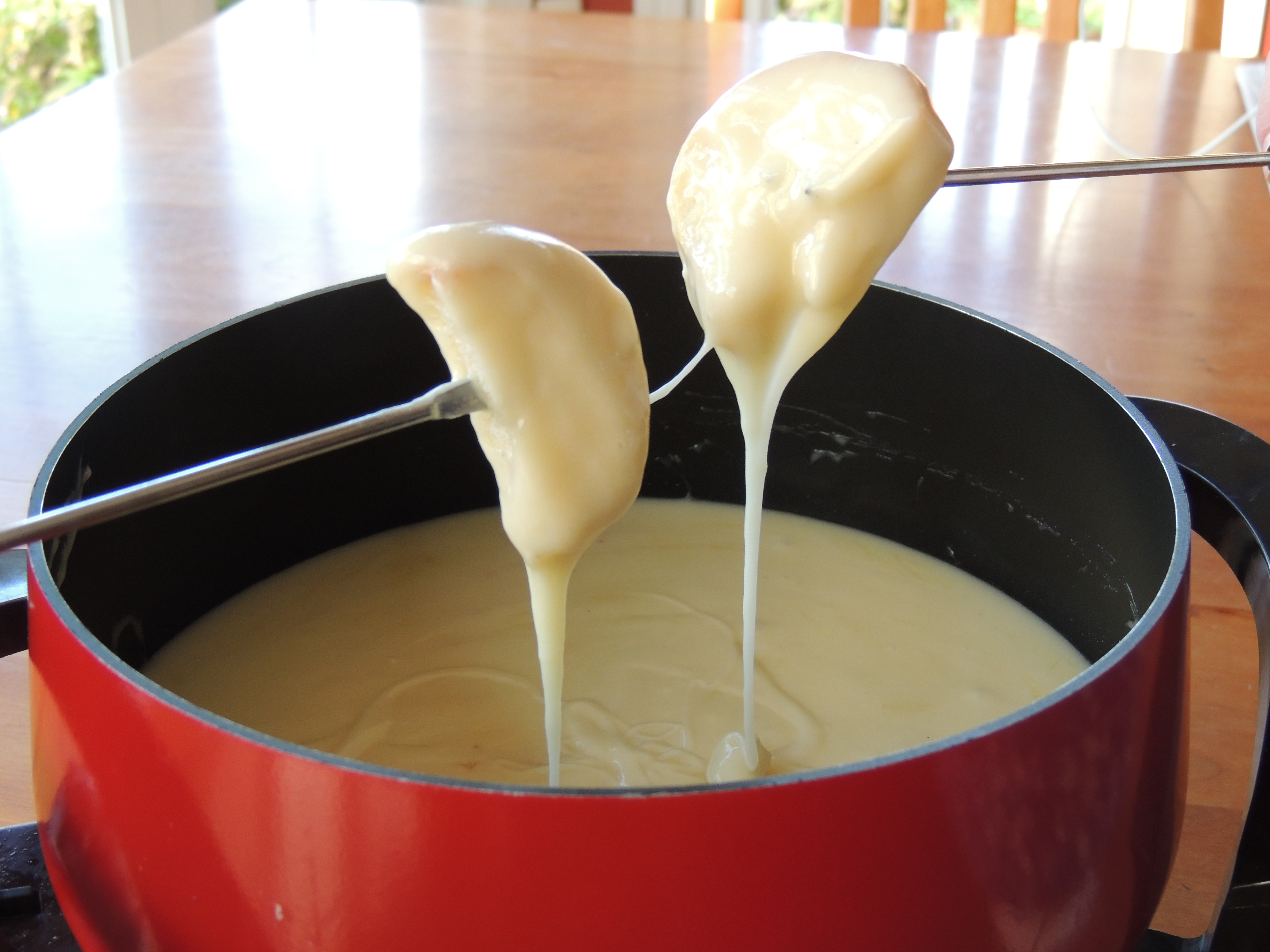 Cheese Fondue – The Armchair Sommelier