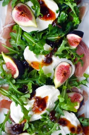 Fig-Burrata-Prosciutto-Salad-Recipe